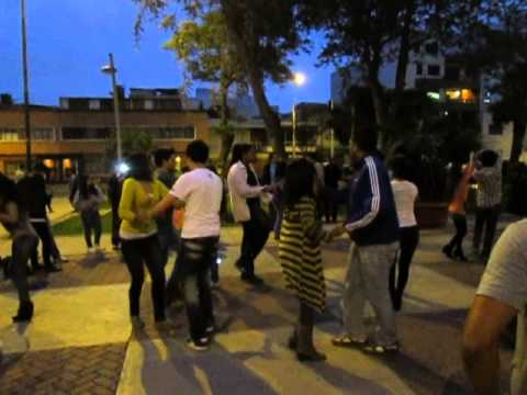 baile parque bomberos